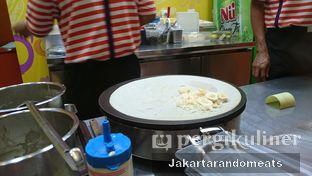 Foto 3 - Interior di D'Crepes oleh Jakartarandomeats