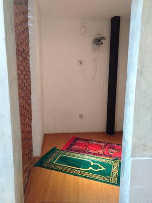 Foto review Roemah Coffee Eatery & Hub oleh yukjalanjajan  6