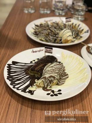 Foto 6 - Makanan(Banana Wrap Crepe) di Chocola Cafe oleh Delavira