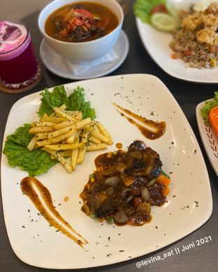 Foto 1 - Makanan di Alooen Alooen Cafe and Coffee oleh Levina JV (IG : @levina_eat & @levinajv)