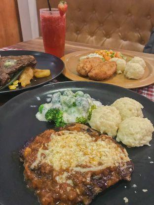 Foto 2 - Makanan di Suis Butcher oleh @qluvfood