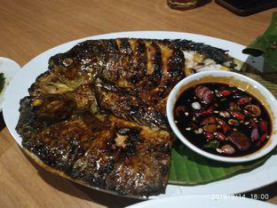 Foto 3 - Makanan(Ikan gurame bakar special gurih 7) di Gurih 7 oleh dainne_verseau_gmail_com