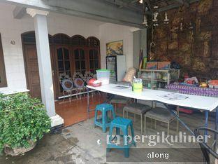 Foto 3 - Interior di Bubur Ayam Bandung Pajajaran oleh #alongnyampah