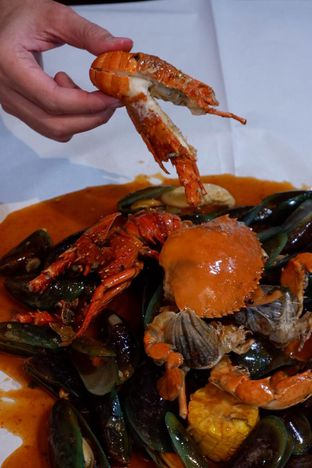 Foto 11 - Makanan di Perang Kerang - Barbarian Seafood House Restaurant oleh yudistira ishak abrar
