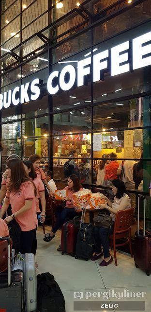 Foto 2 - Eksterior di Starbucks Coffee oleh @teddyzelig