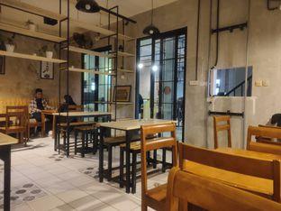Foto 3 - Interior di Monti Kopi oleh Makan Terus