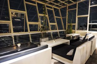 Foto 20 - Interior di Dasa Rooftop oleh Fadhlur Rohman