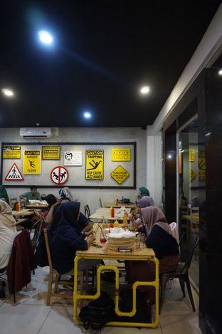 Foto 14 - Interior di Panties Pizza oleh yudistira ishak abrar