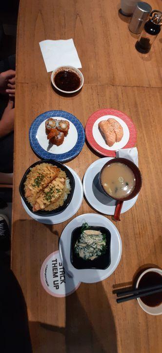 Foto Makanan di Tom Sushi