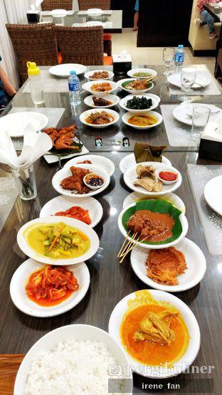 Foto 2 - Makanan di RM Pangeran Khas Minang oleh Irene Stefannie @_irenefanderland