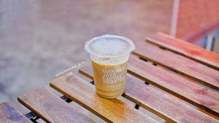 Foto 1 - Makanan(es kopi susu) di Makmur Jaya Coffee Roaster oleh @kulineran_aja