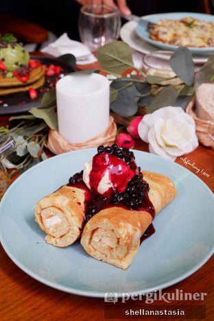 Foto 1 - Makanan(Ynes's Blueberry Cheese Roll Pancake) di Nanny's Pavillon oleh Shella Anastasia