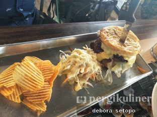 Foto 1 - Makanan di Eat Boss oleh Debora Setopo