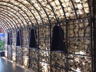 Foto 2 - Interior di Scenic 180° (Restaurant, Bar & Lounge) oleh Stella Griensiria