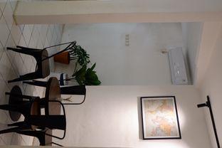 Foto 15 - Interior di Saksama Coffee oleh yudistira ishak abrar