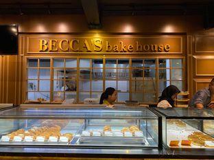 Foto 6 - Interior di Becca's Bakehouse oleh Duolaparr