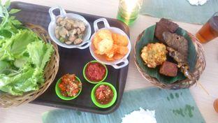 Foto 2 - Makanan di Alas Daun oleh Review Dika & Opik (@go2dika)