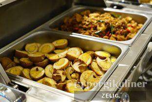 Foto review sTREATs Restaurant - Ibis Styles Bogor Raya oleh @teddyzelig  5