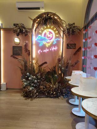 Foto 6 - Interior di Lumiere oleh deasy foodie