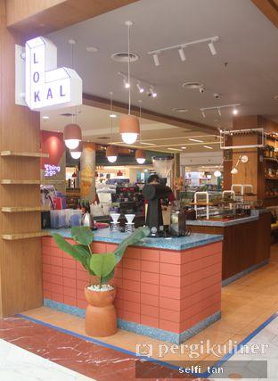 Foto 2 - Interior di Lokal oleh Selfi Tan