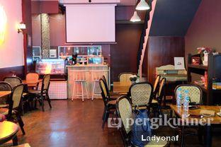 Foto 8 - Interior di Ninotchka oleh Ladyonaf @placetogoandeat