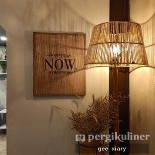 Foto 6 - Interior di Kona Koffie & Eatery oleh Genina @geeatdiary