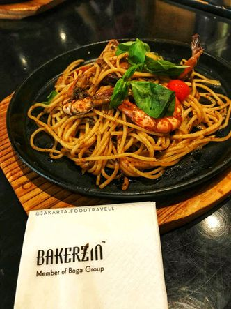 Foto Makanan di Bakerzin