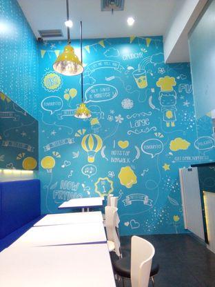 Foto 4 - Interior di Hot Star oleh Sovia Hasanah