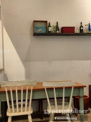 Foto 4 - Interior di Ombe Kofie oleh Fannie Huang||@fannie599