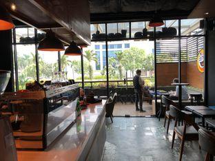 Foto 5 - Interior di Gloria Jean's Coffees oleh Oswin Liandow