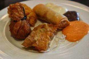 Foto 7 - Makanan di Spectrum - Fairmont Jakarta oleh Eatandcrunch
