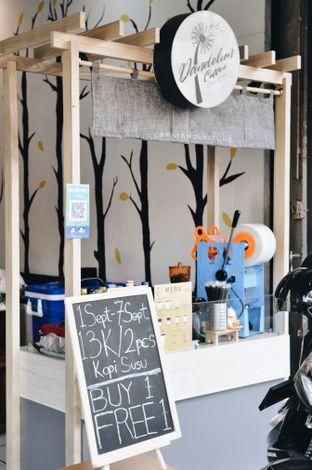 Foto 1 - Interior di Dandelion Coffee oleh Eat and Leisure