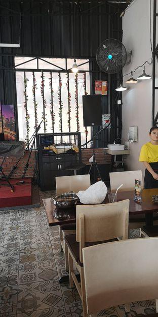 Foto 5 - Interior di Mie Pedas Juara oleh om doyanjajan
