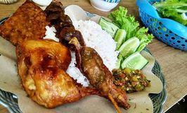 Ayam Goreng Sambel Ijo Ma Ida