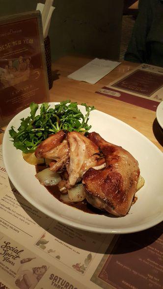 Foto Makanan di Social House