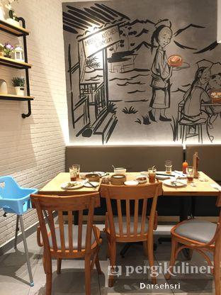 Foto 7 - Interior di Imperial Kitchen & Dimsum oleh Darsehsri Handayani