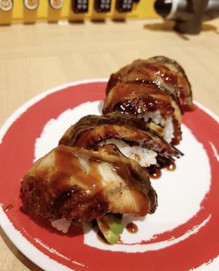 Foto 1 - Makanan di Genki Sushi oleh Mitha Komala