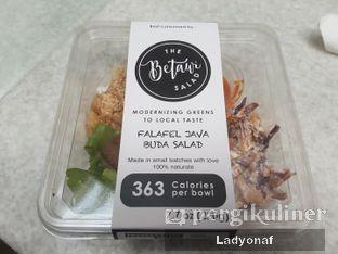 Foto 5 - Makanan di The Betawi Salad oleh Ladyonaf @placetogoandeat