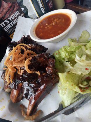 Foto 1 - Makanan di Holy Smokes oleh Janice Agatha