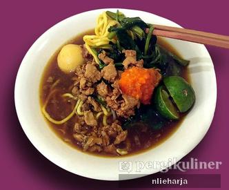 Foto Makanan di Warung Yakin
