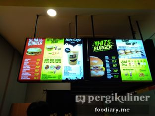 Foto review Hits Burger oleh @foodiaryme | Khey & Farhan 3