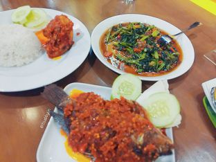 Foto 1 - Makanan di Kangkung Bakar oleh abigail lin