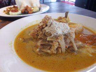 Foto 1 - Makanan di D' Oeleg Indonesian Resto & Cafe oleh Nisanis