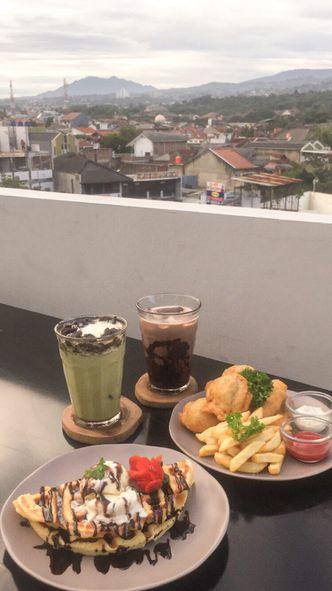 Foto Makanan di Pivot Coffee