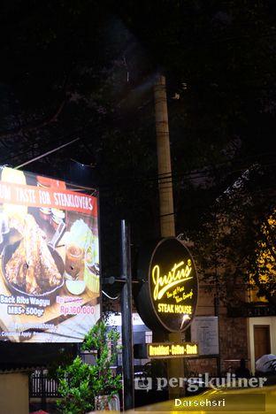 Foto 12 - Eksterior di Justus Steakhouse oleh Darsehsri Handayani