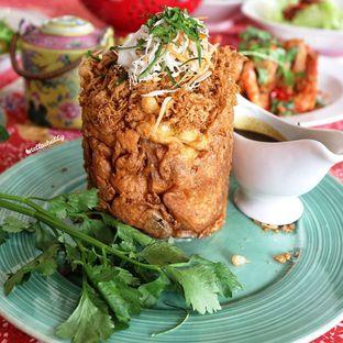 Foto 1 - Makanan(Tahu kedungwuni) di Meradelima Restaurant oleh Stellachubby
