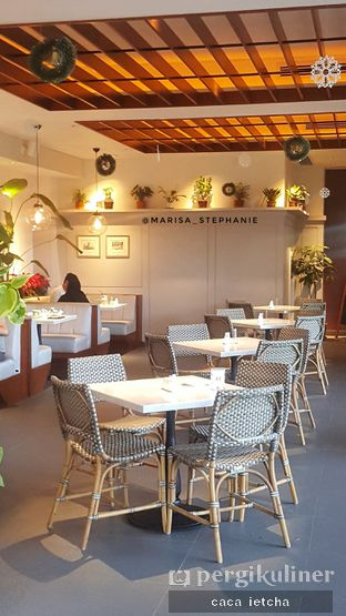 Foto 3 - Interior di Hello Sunday oleh Marisa @marisa_stephanie