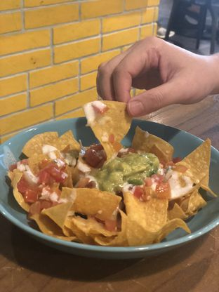 Foto 1 - Makanan(Nachos Chilli Con Carne) di Gonzo's Tex Mex Grill oleh YSfoodspottings