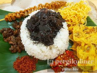 Foto - Makanan di Nasi Cumi Hitam Madura Pak Kris oleh Yunus Biu | @makanbiarsenang