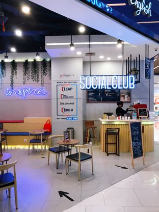 Foto review Social Club oleh yudistira ishak abrar 3